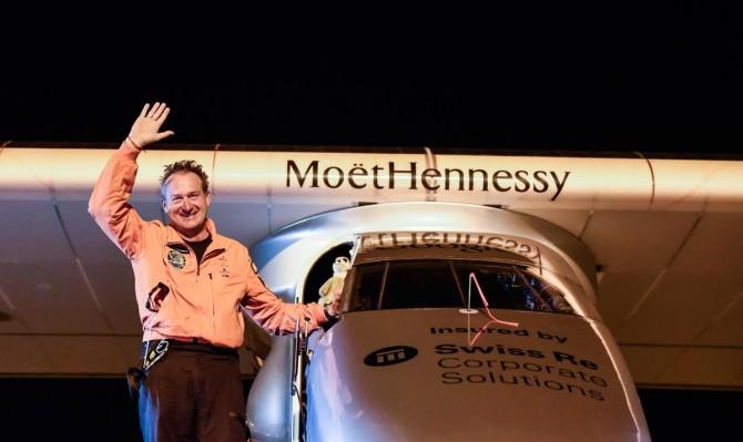 LEG #3: LANDING AHMEDABAD - VARANASI | Solar Impulse | Rezo.ch