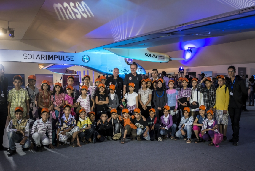 Mission 2012 – Week event in Rabat – Students visiting Solar Impulse © Solar Impulse | Jean Revillard