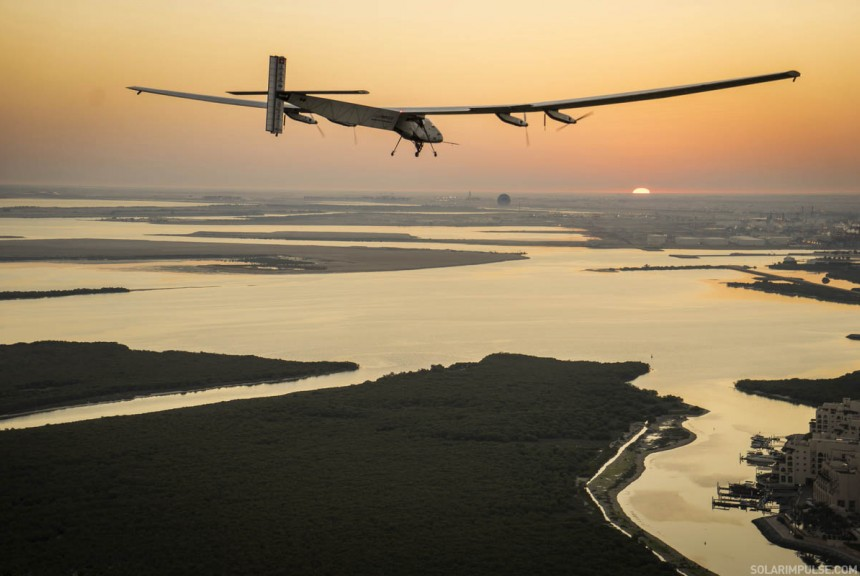 Bertand's first flight test in Abu Dhabi | Solar Impulse | Revillard | rezo.ch